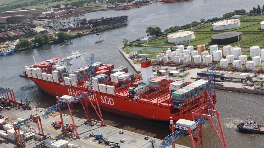 Con suba de exportaciones, febrero mostró el segundo superávit comercial del año