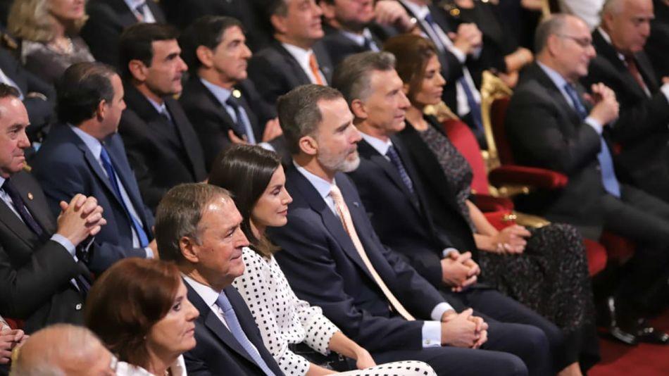 La pareja real española, junto a Macri, Awada y Schiaretti en la inauguración del Congreso de la Lengua Española.