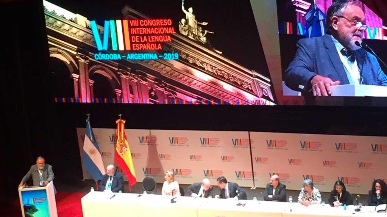 Mempo, Dolina y Claudia Piñeiro, las 'estrellas de rock' del Congreso de la Lengua Española
