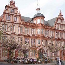 El atractivo principal de Mainz es el museo dedicado al inventor de la imprenta moderna, Johannes Gutenberg.