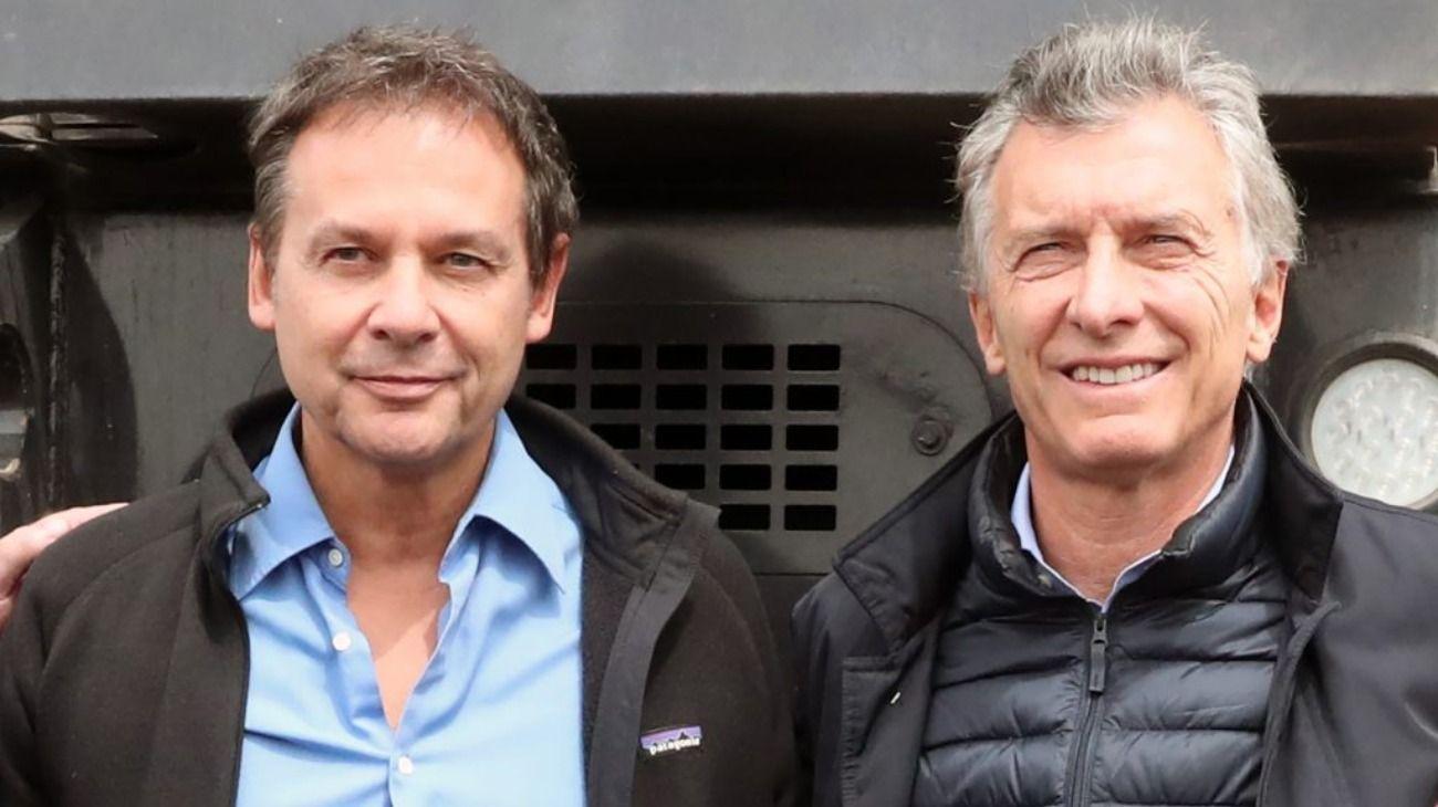 El senador nacional Eduardo Costa junto al Presidente Mauricio Macri.