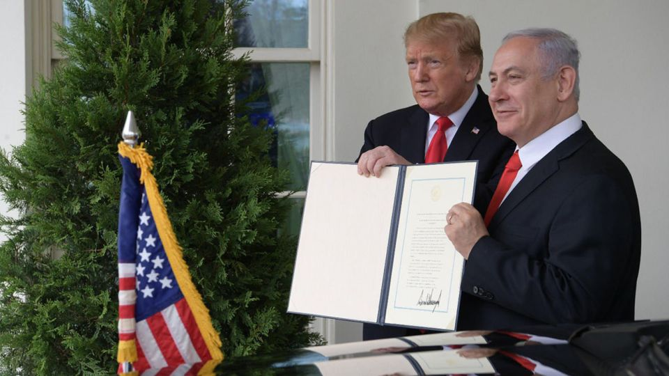 El Presidente de EE.UU. Donald Trump con el Primer Ministro israelí Benjamin Netanyahu