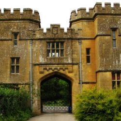 Uno de los tantos castillos que se pueden apreciar en el camino.