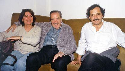 En familia. Ricardo Alfonsín considera que su padre defendía ideas socialdemócratas y que su partido no debe dejarlas en otras manos.