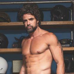 Luciano Castro, hot en la red.
