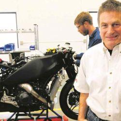 Erik Buell, el legendario diseñador y piloto de motocicletas, acaba de lanzar Fuell, su nueva compañía de movilidad eléctrica.