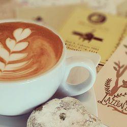 Guía practica para conocer los mejores cafés de la Ciudad.