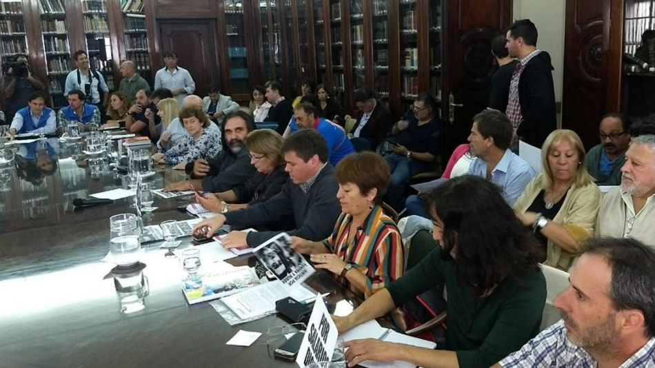Los gremios se reunieron el miércoles pasado con el gobierno bonaerense.