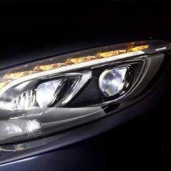 En los autos modernos las luces de giro ya no sólo se emplean para indicar que estamos cambiando el sentido de marcha, también cumplen la función de luces de emergencia y antirrobo.