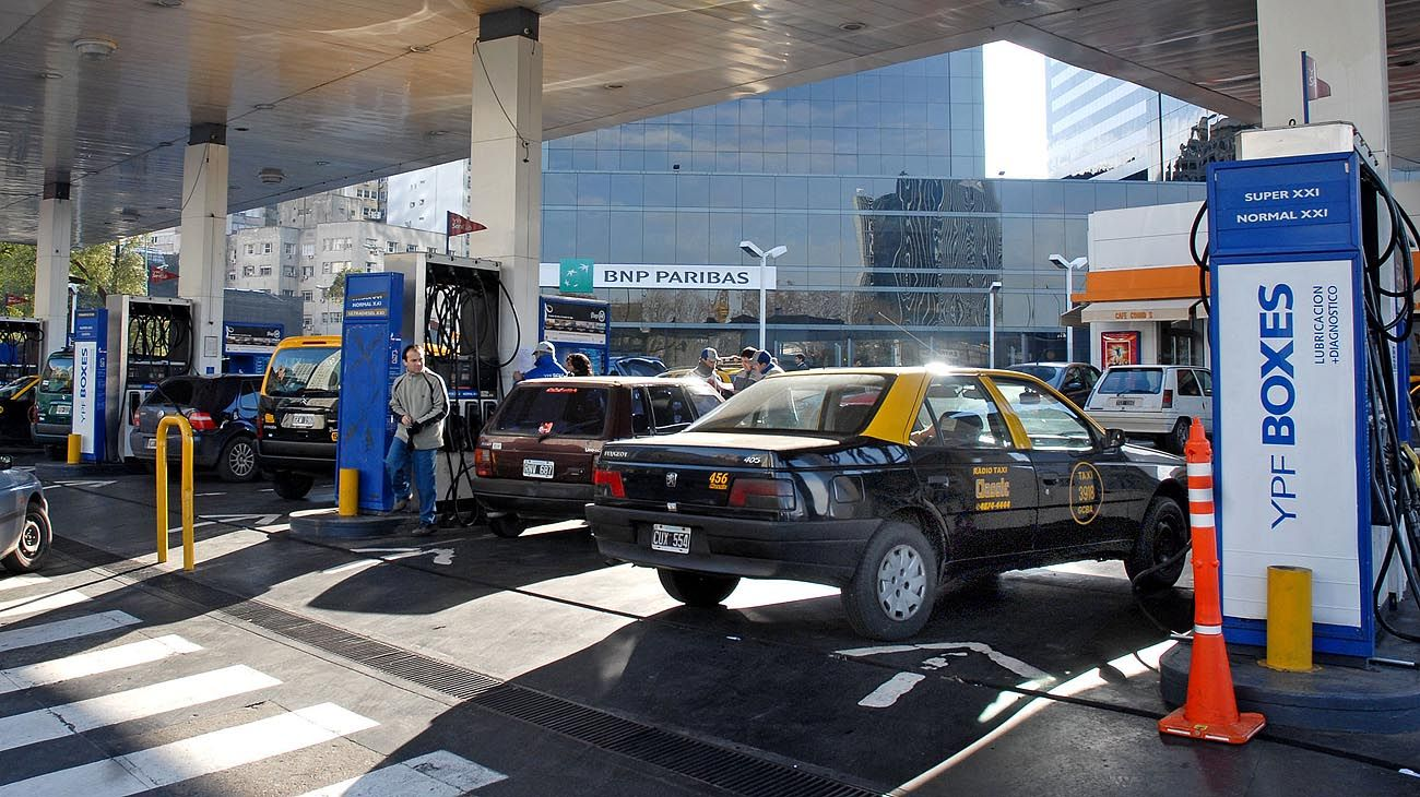 a la bolsa. Los precios de los combustibles, en duda.