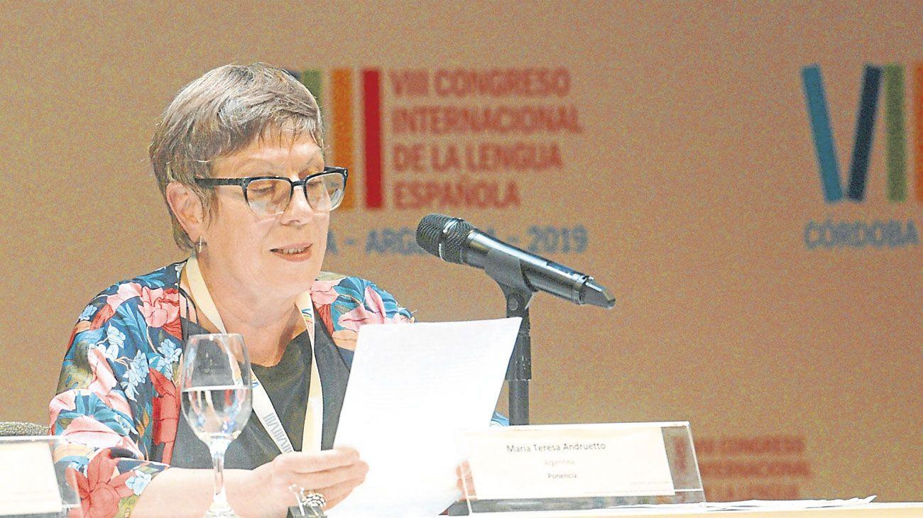 congreso. María Teresa Andruetto en su discurso de cierre en Córdoba.