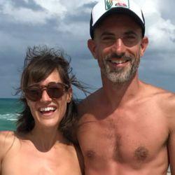 La hermana de Luciana Salazar se desnudó en Miami.