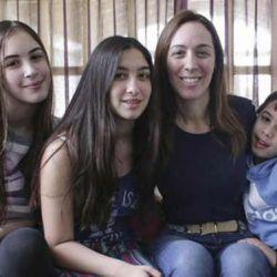 María Eugenia Vidal y sus hijos.