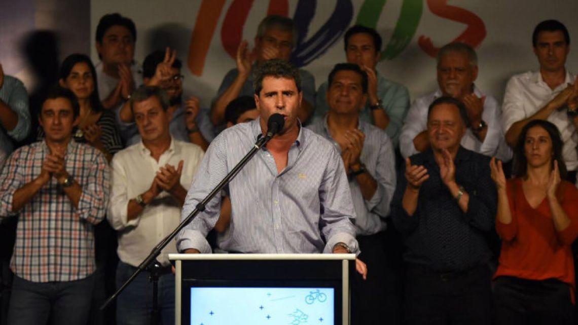 Governor Sergio Unac.
