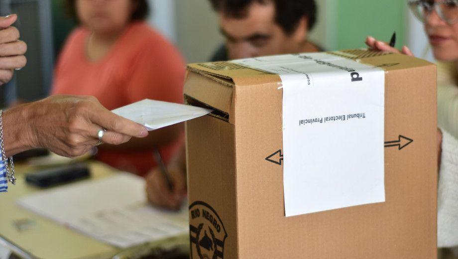 Declaran inconstitucional un decreto de Macri que permitía votar por correo