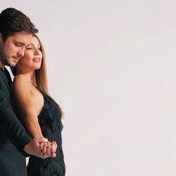 Pampita y Diego Boneta bailando tango