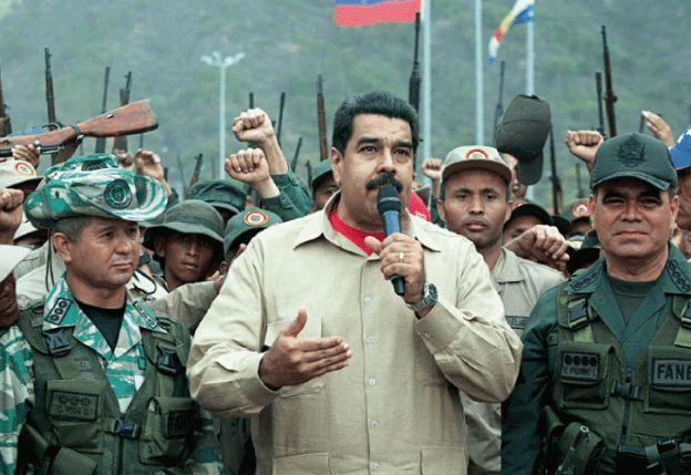 Cómo consigue Nicolás Maduro mantenerse en el poder pese a la crisis