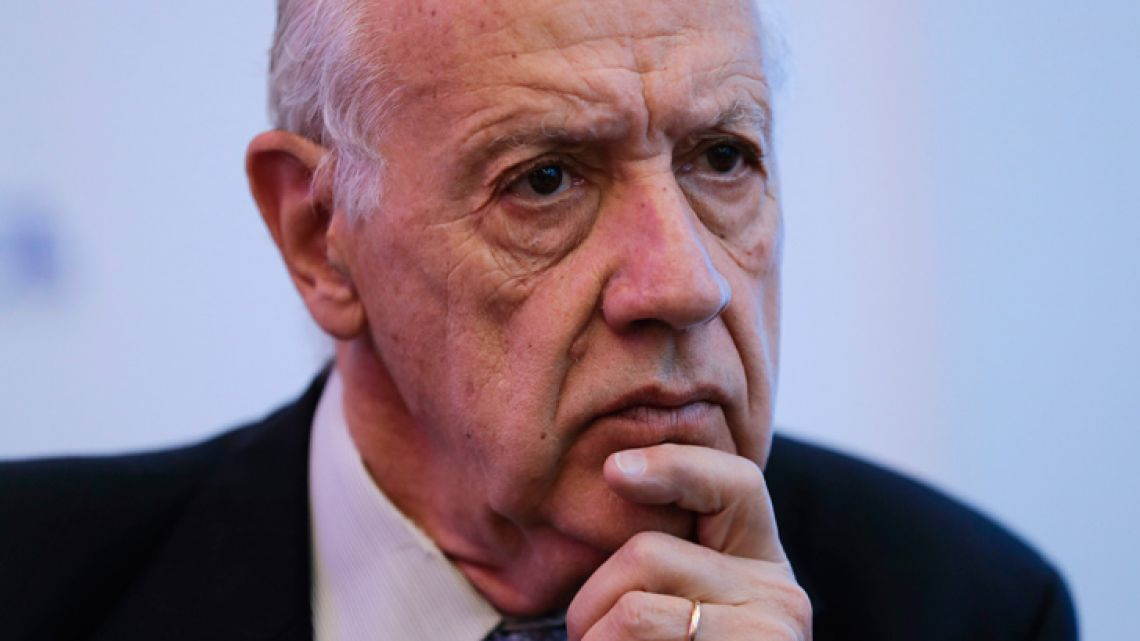 Former economy minister and potential presidential candidate Roberto Lavagna attends a meeting with members of the foreign press in Buenos Aires on Tuesday.