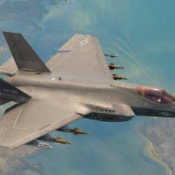 El F-35C fue construido para reemplazar a los experimentados F/A-18.