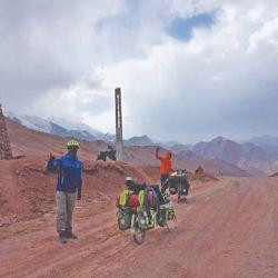 Paso del Kyzyl, a 4.200 msnm.