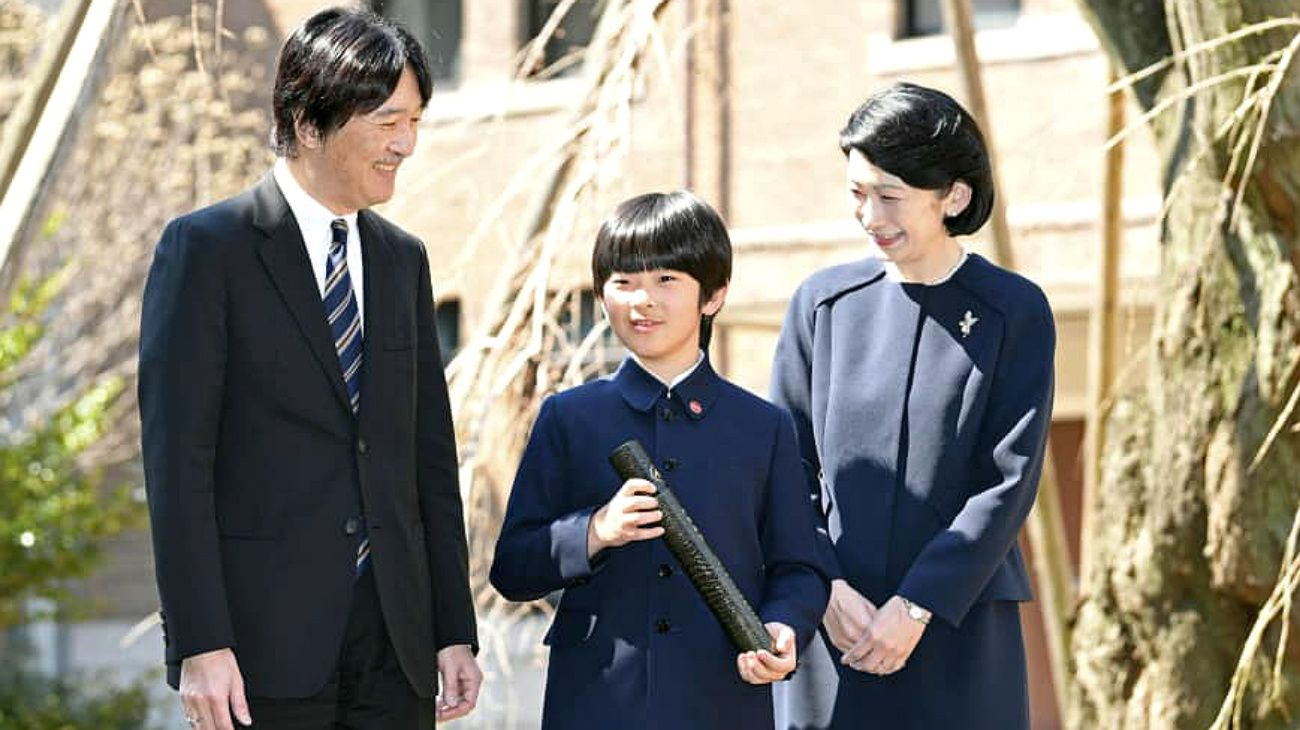 El nacimiento del príncipe Hisahito hizo retroceder los planes de modernización en la monarquía nipona.