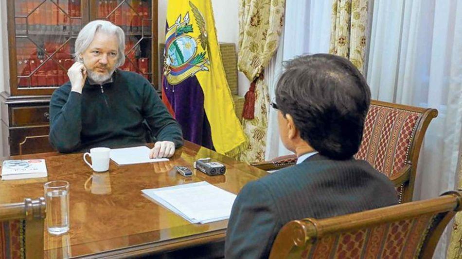 Julian Assange 04112019
