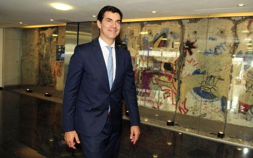 Juan Manuel Urtubey desdobla las elecciones de Salta para evitar problemas con el voto electrónico