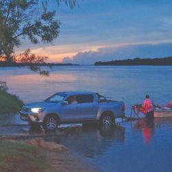 La embarcación, indispensable para disfrutar del Alto Paraná.