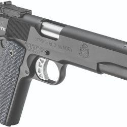 El tope de línea de la marca: la Range Officer Elite Target, con los accesorios necesarios para ser utilizada en la alta competencia.
