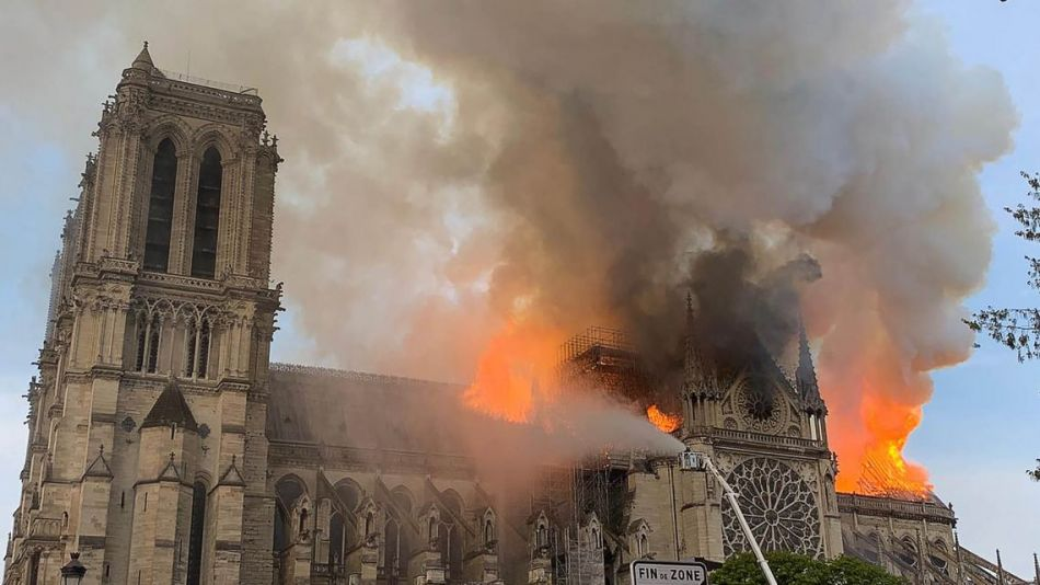La Catedral de Notre-Dame de París se incendió el 15 de abril.