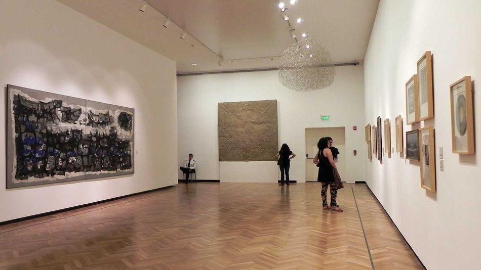 El Museo Nacional de Bellas Artres reabrió sus puertas con nuevas salas y espacios renovados