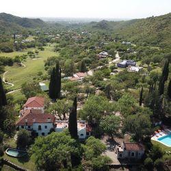 Potrerillo de Larreta, el exclusivo resort en el que Mauricio Macri pasa las Pascuas con su esposa, Juliana Awada, y su hija, Antonia.