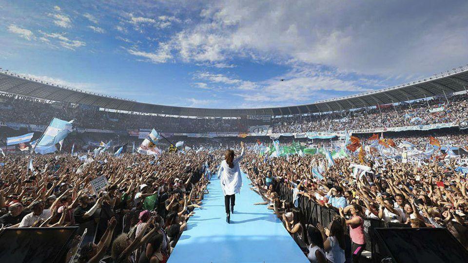 Cristina Kirchner hizo su acto de cierre de campaña en 2017 en la cancha de Racing.