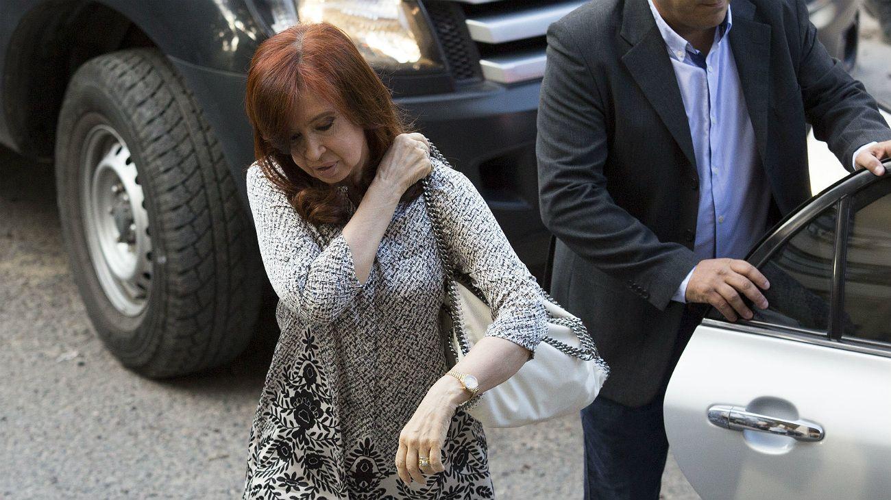 Cristina Kirchner llega a la Argentina este lunes a la noche