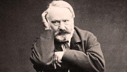 Hugo. El escritor retratado por Edmond Bacot (1862).