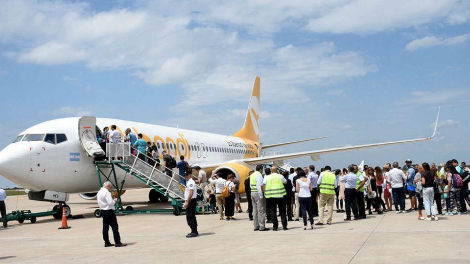 La incorporación de nuevas rutas y mejor infraestructura permitió consolidar la conectividad aérea, según señala el Gobierno.