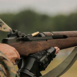 Rifle Garand M-1, uno de los emblemas de Springfield Armory.