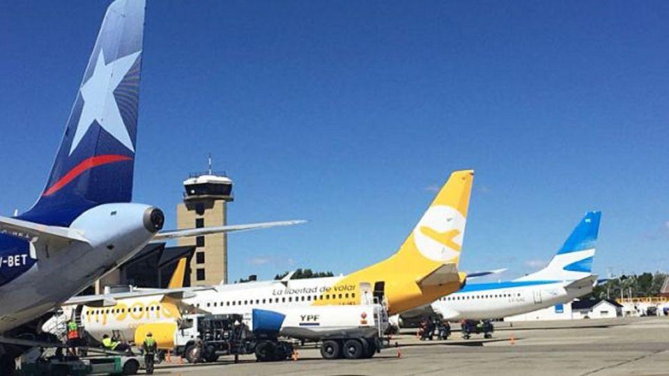 La Empresa Argentina de Navegación Aérea investiga el incidente ocurrido este fin de semana.