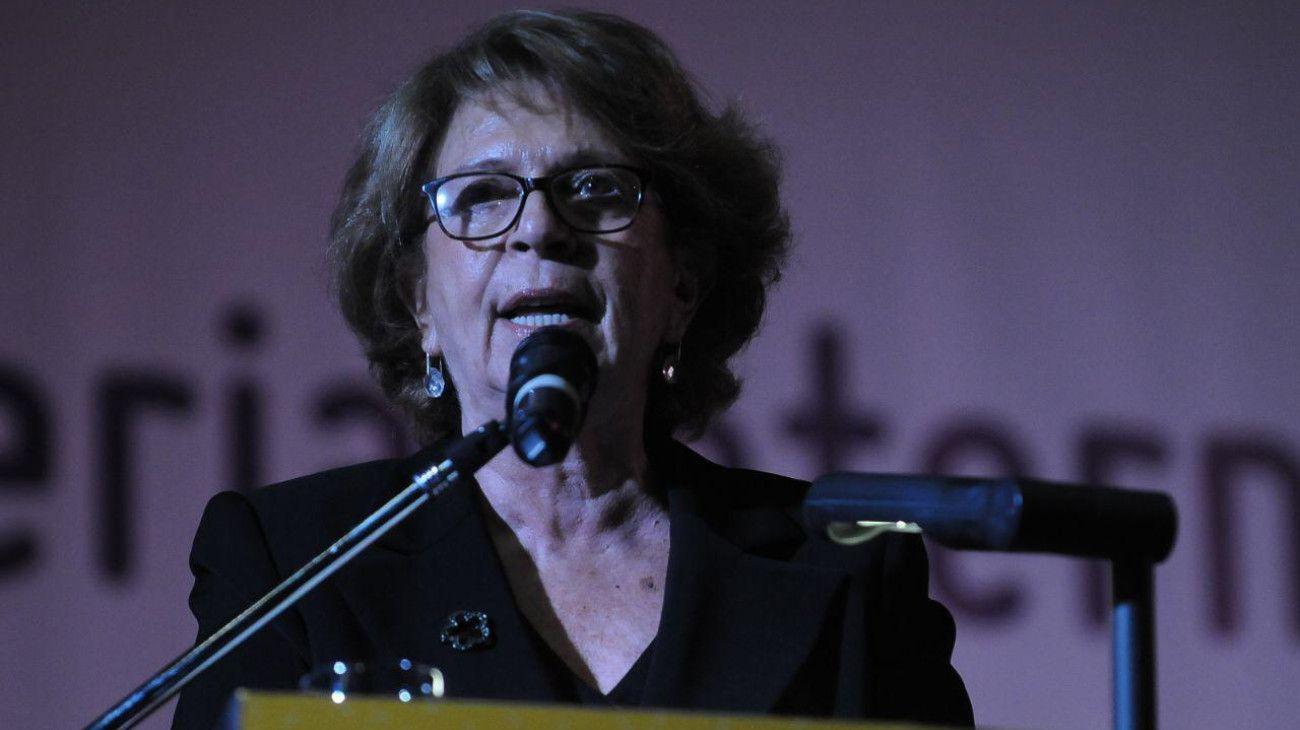 María Teresa Carbano.
