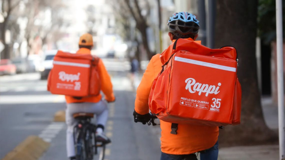 Rappi couriers delivering items.