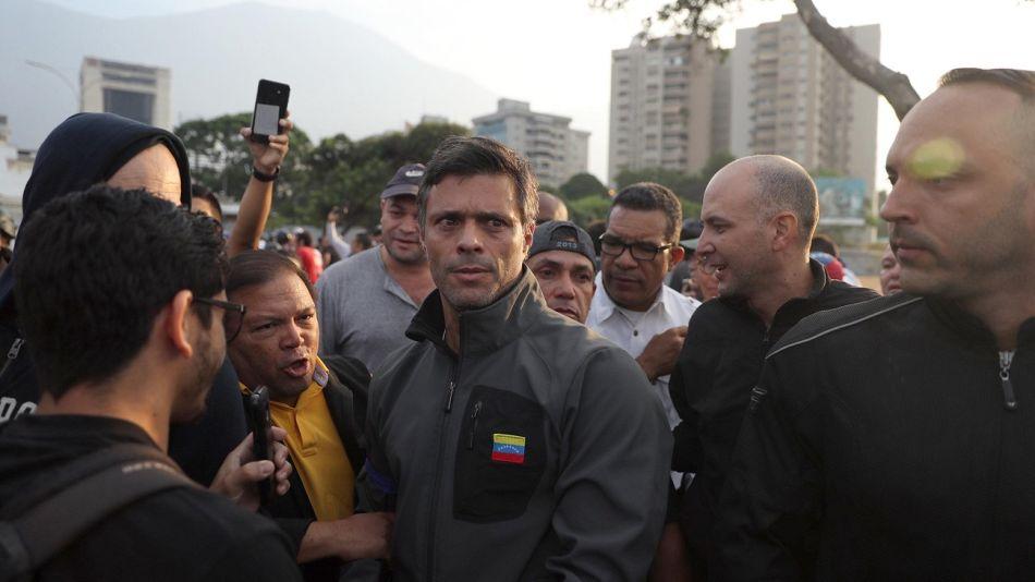 Venezuela. Leopoldo López, tras ser liberado.