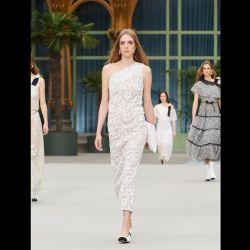 El primer desfile de Chanel luego de la partida de Karl Lagerfeld