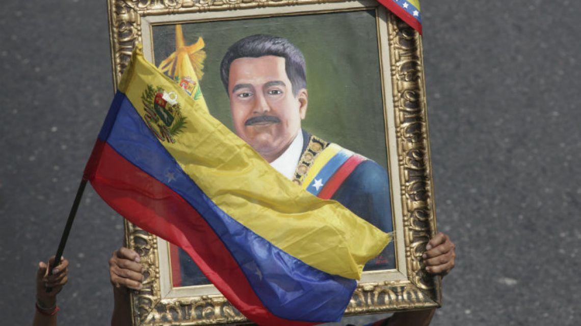 A Nicolás Maduro painting.
