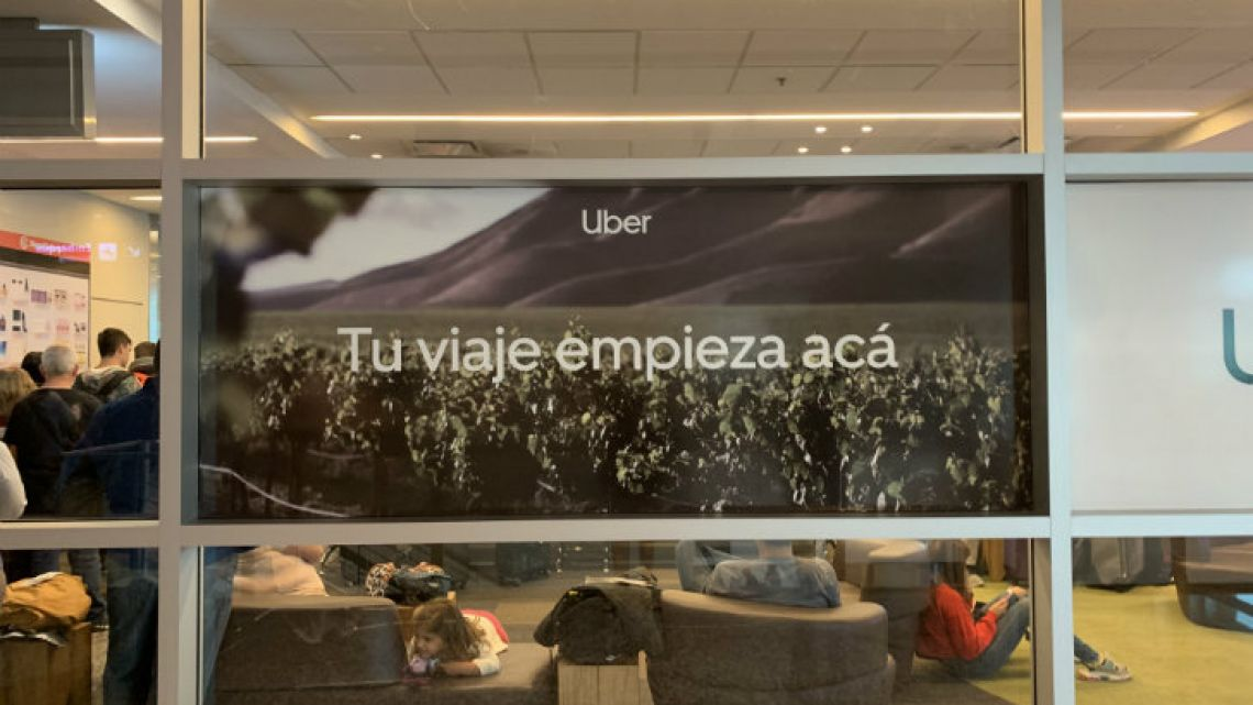 Arrivals to Mendoza airport are greeted by advertisements for Uber, but very few drivers can be seen on the app once it is used in Mendoza.