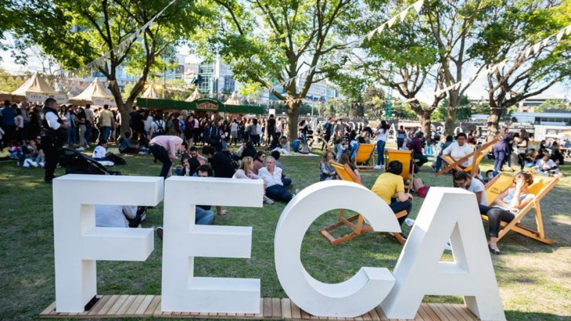 Buenos Aires community members sitting back and enjoying the FECA coffee fair at one of the previous editions of the weekend festival.