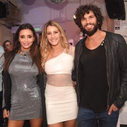 Mica celebró junto a Fabián Cubero y grandes amigos