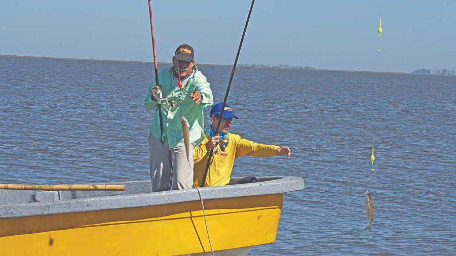 0506 pejerreyes laguna mar chiquita