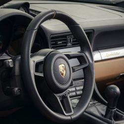 Porsche 911 Speedster con Heritage Design Package.