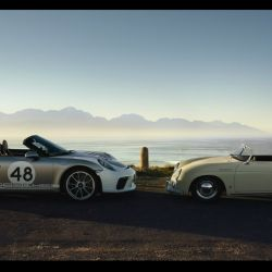 Porsche 911 Speedster con Heritage Design Package y 356 1500 Speedster.