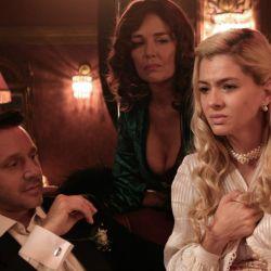 Torcuato, Raquel e Ivonne en el burdel